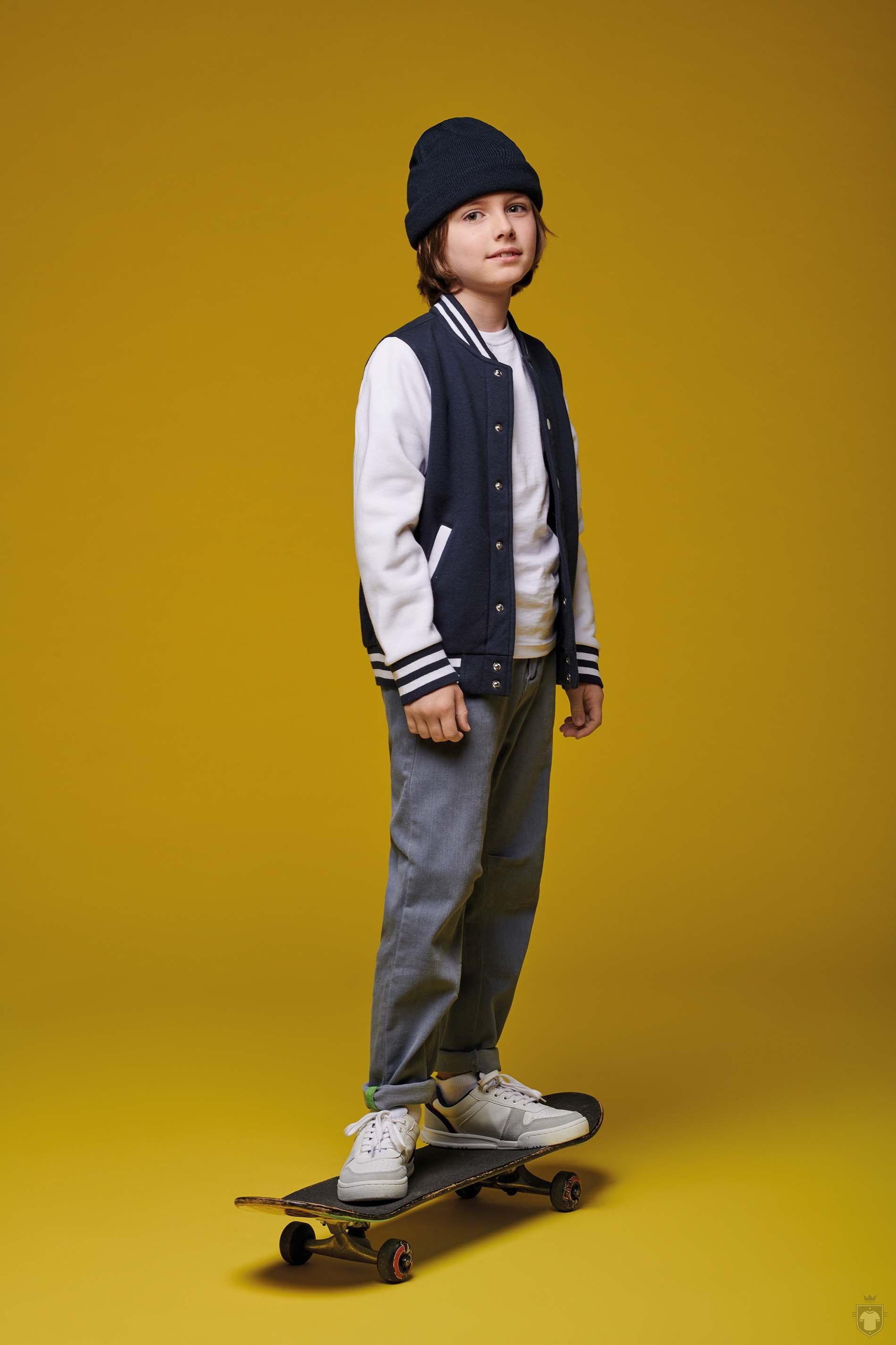 Fotos de Kariban Teddy criança