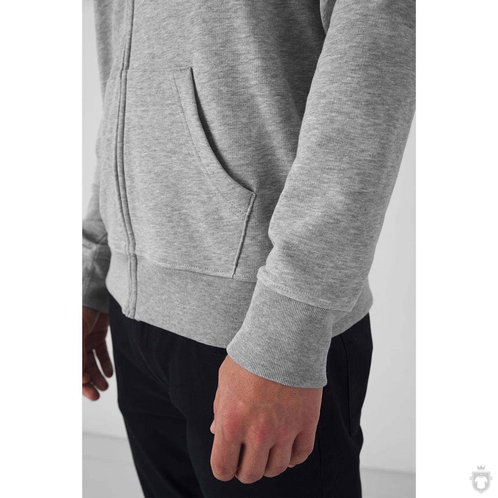 B&C Organic Zipped Hood.